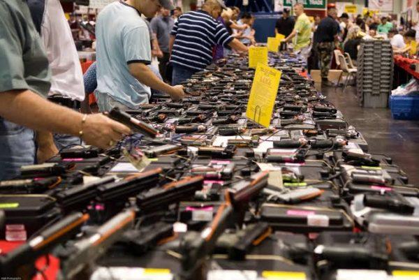 Legalizar la portación de armas de fuego, puerta abierta al aumento en la violencia