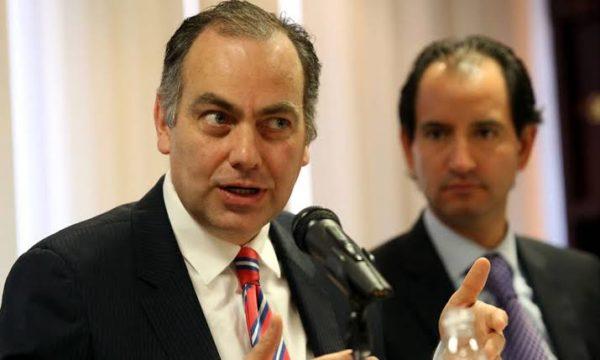 El Senado citará a comparecer al titular de la CEAV, Jaime Rochín.