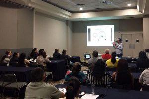 Taller a familiares en Sinaloa